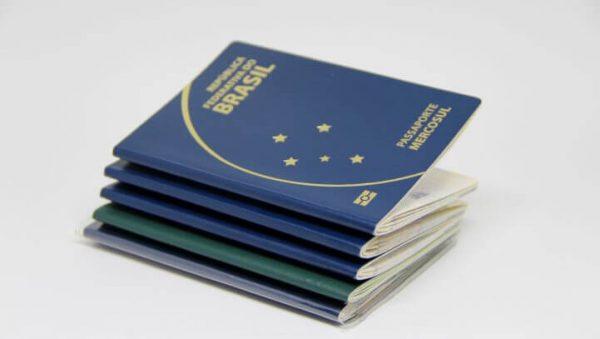 Como a crise econômica está afetando a emissão de passaportes