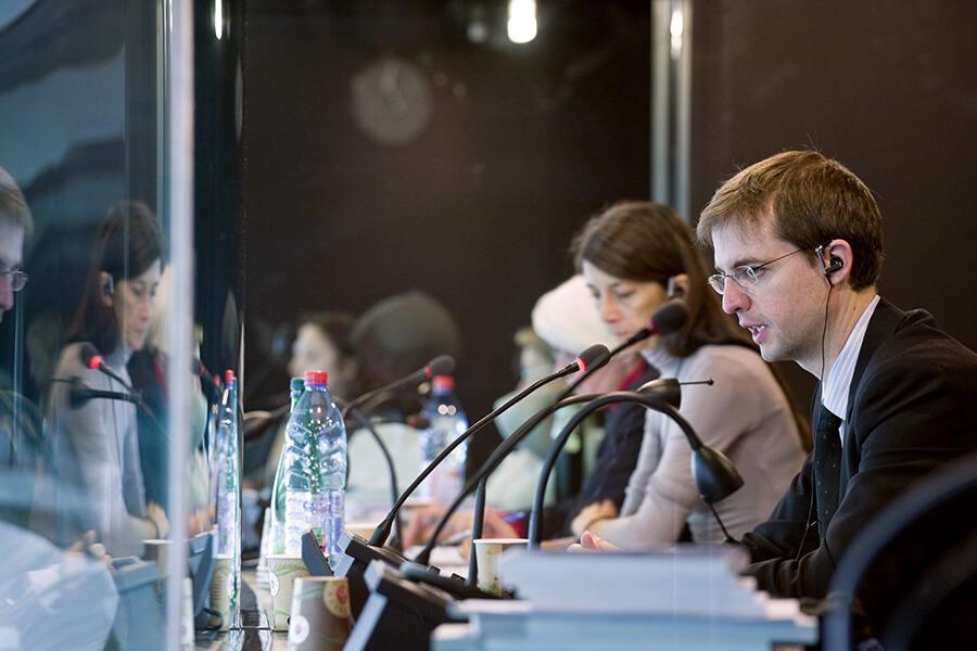 Intérprete: profissional essencial em grandes eventos